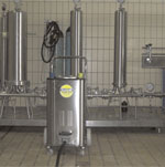 use powerful steam vapour to thoroughly cleans wine bottling lines