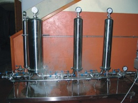 bacchus steam filter, used when pumping steam through bottling lines and wine barrels, for cleaning